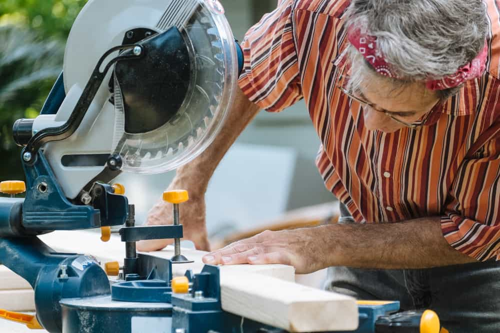 Miter saw buyer guide