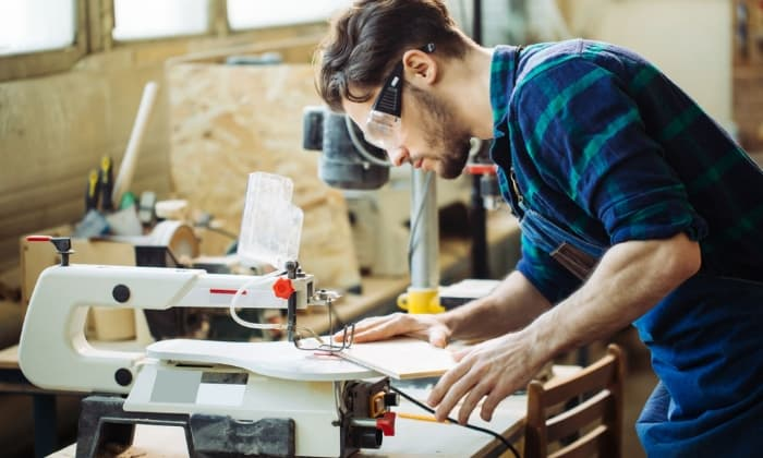 A Beginner's Guide to Scroll Saws & Why You Should Invest in Them